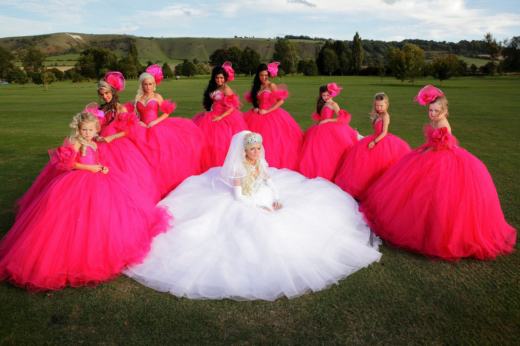 Glitzy, Glamorous, and GIGANTIC Gypsy Weddings - Lifelong Wedding ...