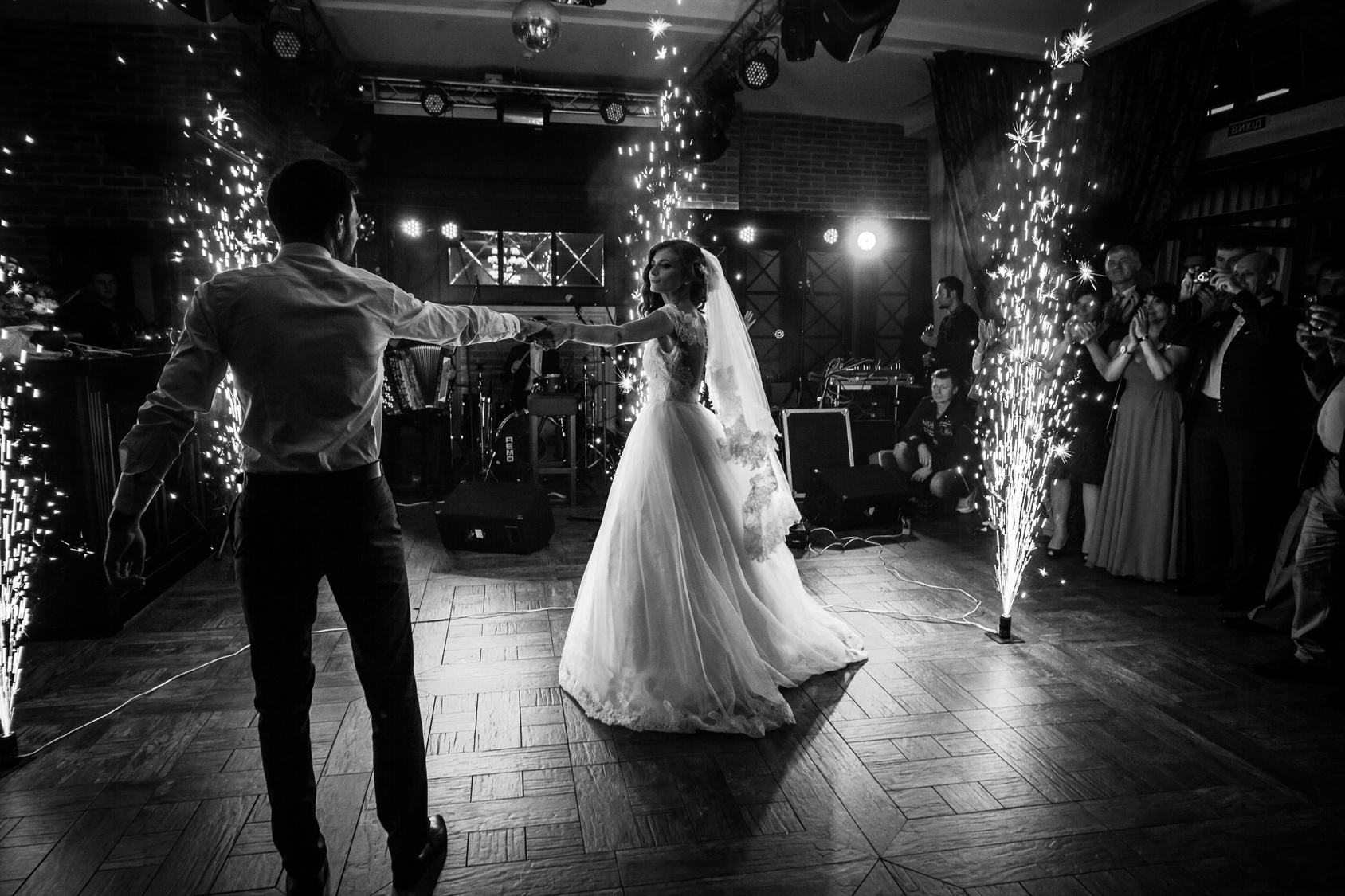 Dr. Tinsley Keefe Advises on Being the Best Dancer at Your Wedding