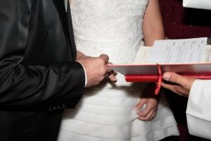 The Secret of Choosing the Right Wedding Officiant